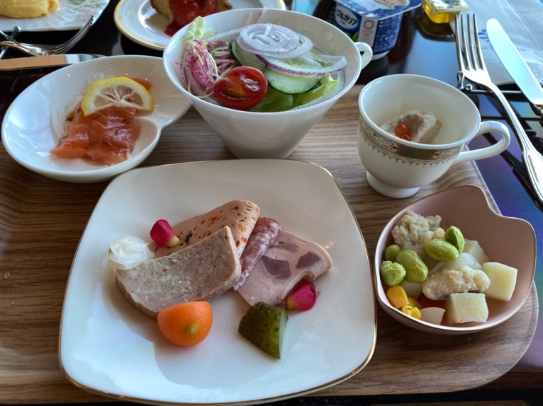 横浜ロイヤルパークホテルのクラブラウンジ「朝食」:実食1