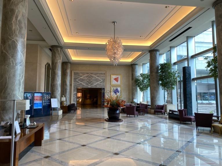 横浜ロイヤルパークホテル「ロビー」:メインロビー(全体像)