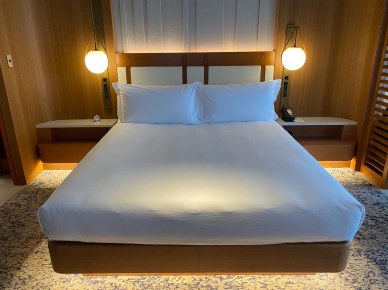 インターコンチネンタル横浜Pier8「客室」:ベッド