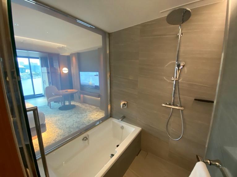 インターコンチネンタル横浜Pier8「客室」:バスルーム