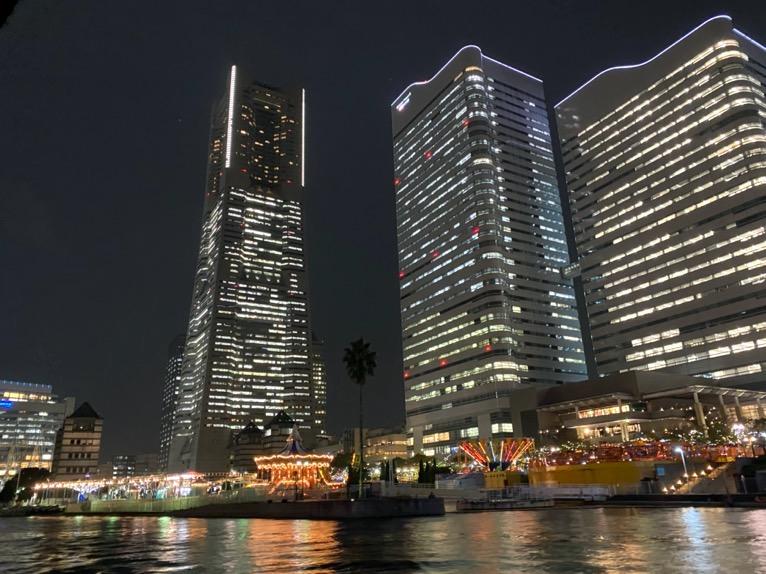 インターコンチネンタル横浜Pier8のクルーズ「クルージングの様子」:横浜ランドマークタワー1