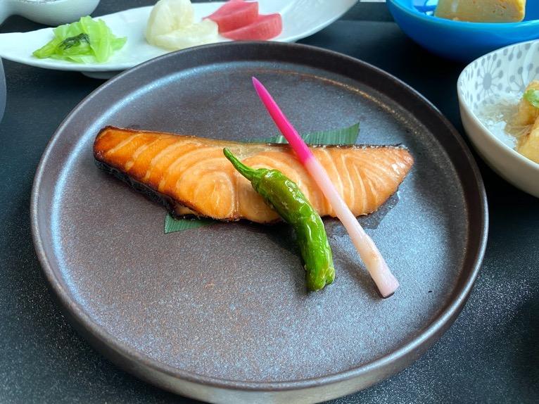 インターコンチネンタル横浜Pier8「朝食」:鮭の塩焼き