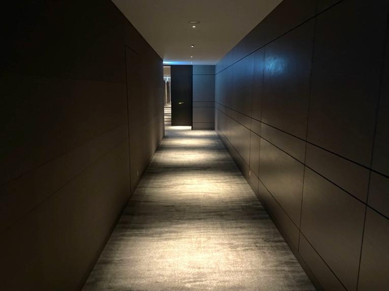 フォーシーズンズ東京大手町「客室」:内廊下