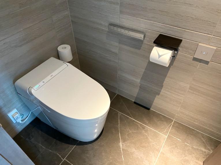 フォーシーズンズ東京大手町「客室」:トイレ