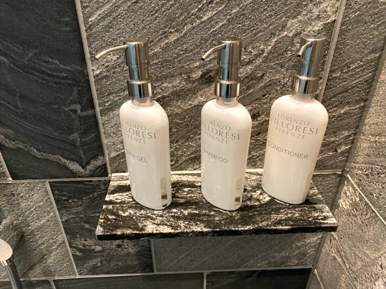 フォーシーズンズホテル東京大手町「温浴施設」:バスアメニティー