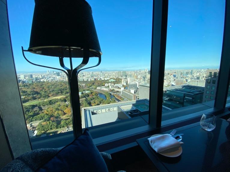 フォーシーズンズホテル東京大手町の朝食:ピニートからの眺望1