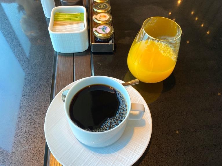 フォーシーズンズホテル東京大手町の朝食:ドリンク