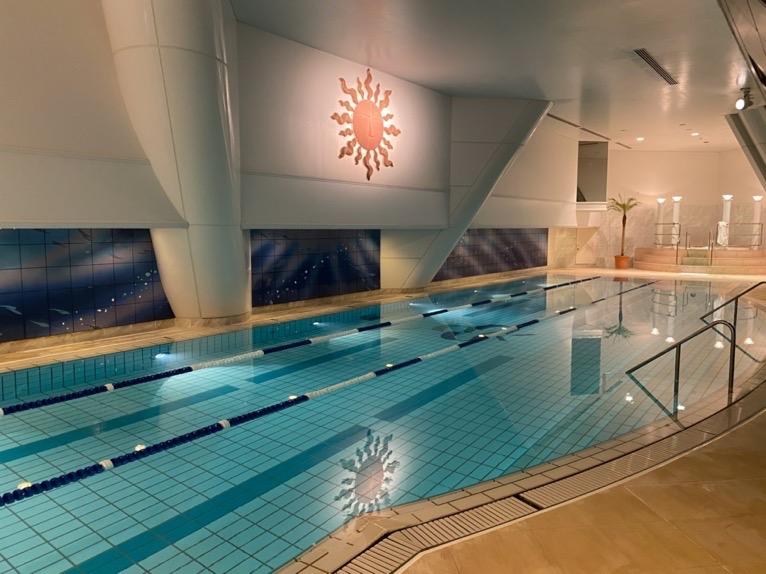 横浜ロイヤルパークホテルのプールとサウナをブログレポート!フィットネスクラブの価格と眺望は?