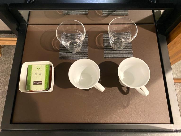 三井ガーデンホテル豊洲ベイサイドクロス宿泊記「客室」:キャビネット