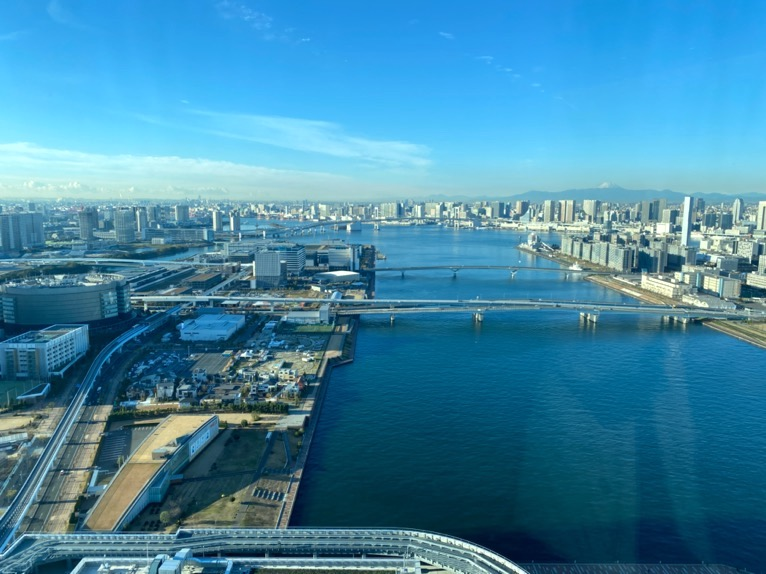 三井ガーデンホテル豊洲ベイサイドクロス宿泊記「ロビー」:眺望(ベイビュー)