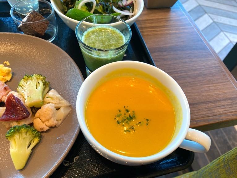 三井ガーデンホテル豊洲ベイサイドクロスの朝食:洋食プレート(スープ)
