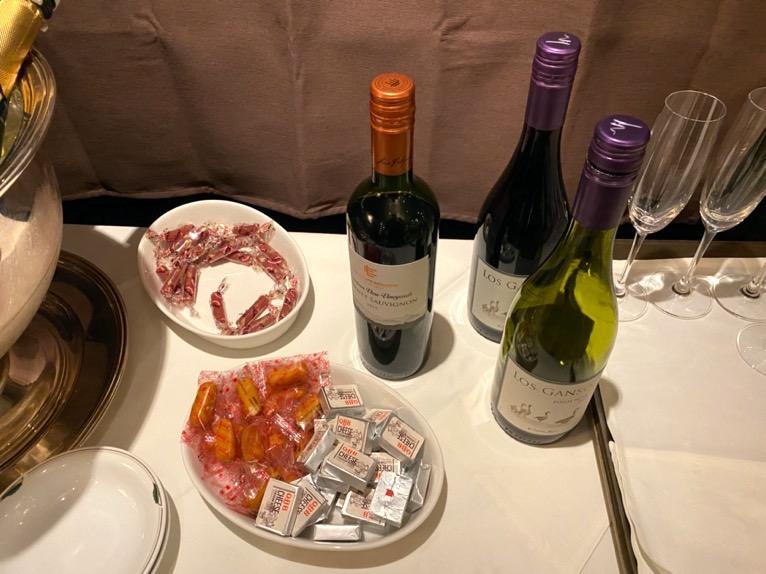 インターコンチネンタル東京ベイのクラブラウンジ:ディナータイムのドリンク(赤ワイン)