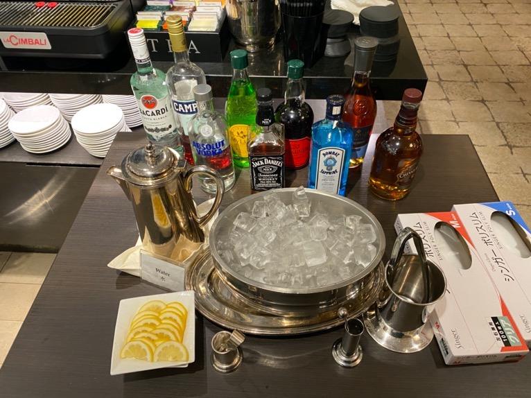 インターコンチネンタル東京ベイのクラブラウンジ:ディナータイムのドリンク(洋酒)
