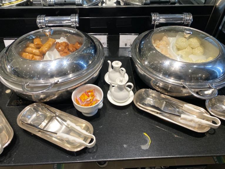 インターコンチネンタル東京ベイのクラブラウンジ:ディナータイムのフード(温菜2)