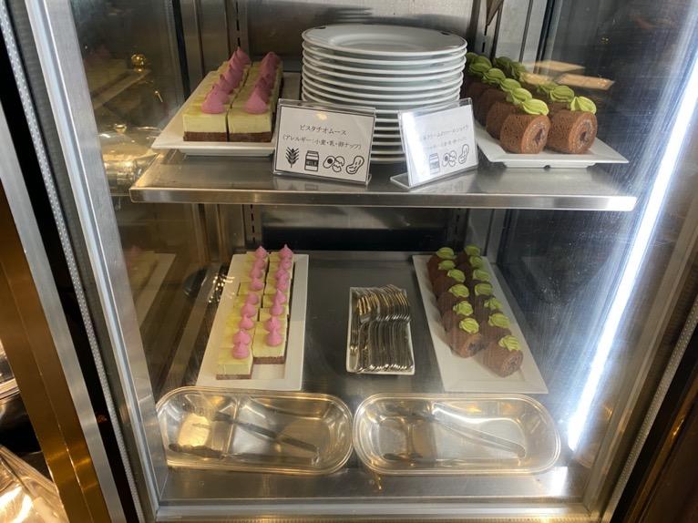 インターコンチネンタル東京ベイのクラブラウンジ:ディナータイムのフード(デザート)