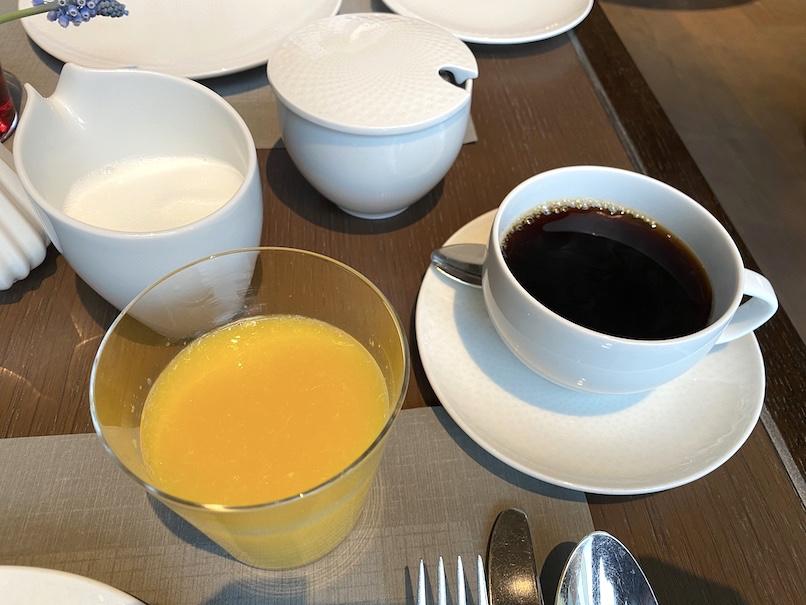 ザ・リッツ・カールトン東京の朝食:ドリンク