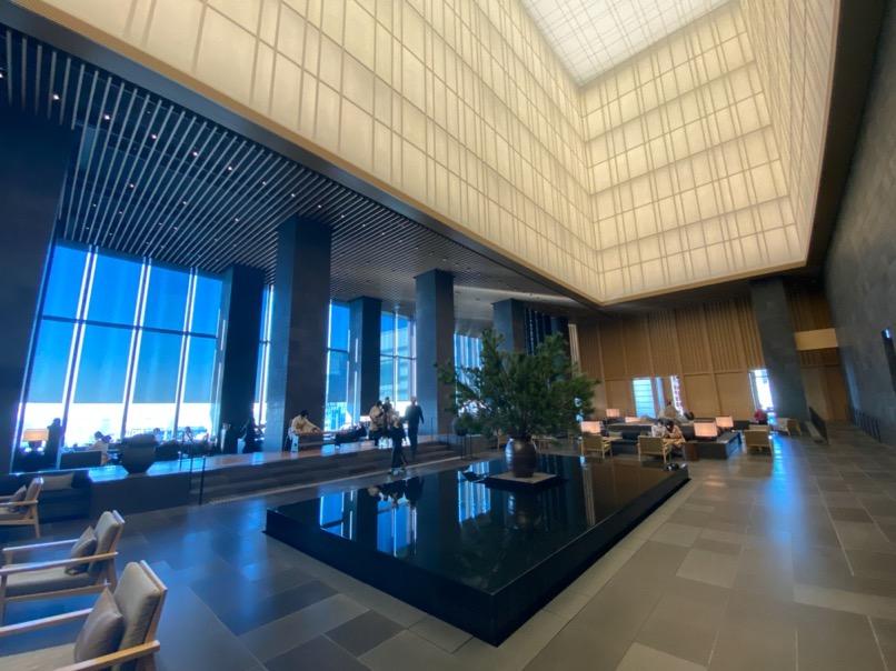 アマン東京のアフタヌーンティー:ホテルのロビー(全体像)
