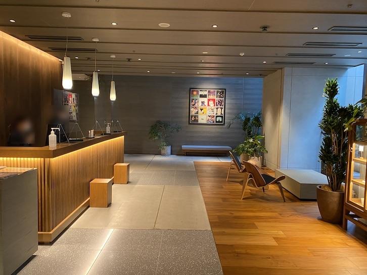 HAMACHO HOTEL(浜町ホテル)のロビー:レセプション