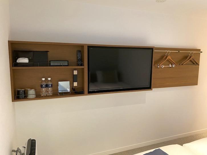 HAMACHO HOTEL(浜町ホテル)の客室:TVボード