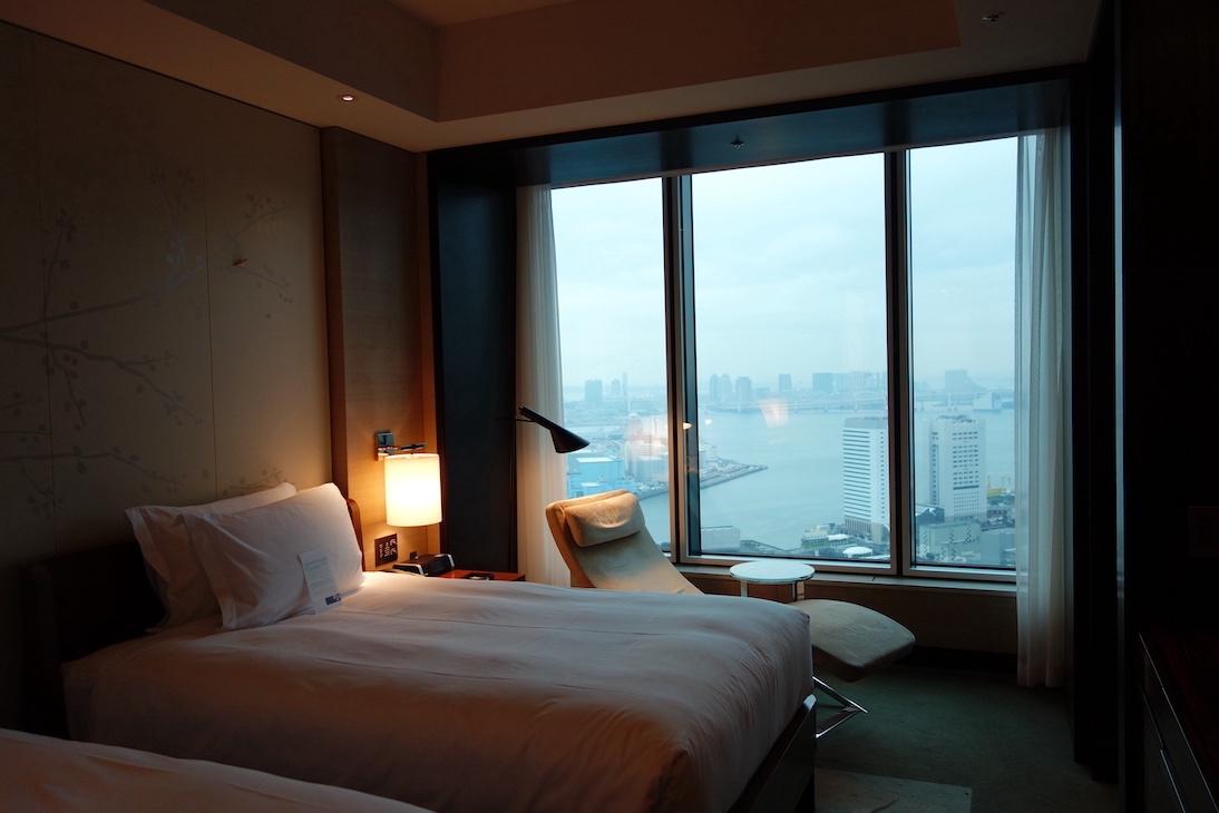 「コンラッド東京」の客室の様子