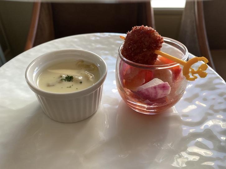 帝国ホテル東京「アフタヌーンティー」のセイボリー皿(中の皿)