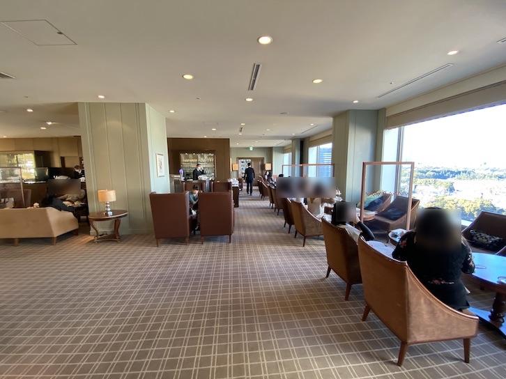 帝国ホテル東京「インペリアル カフェラウンジ アクア」の内観