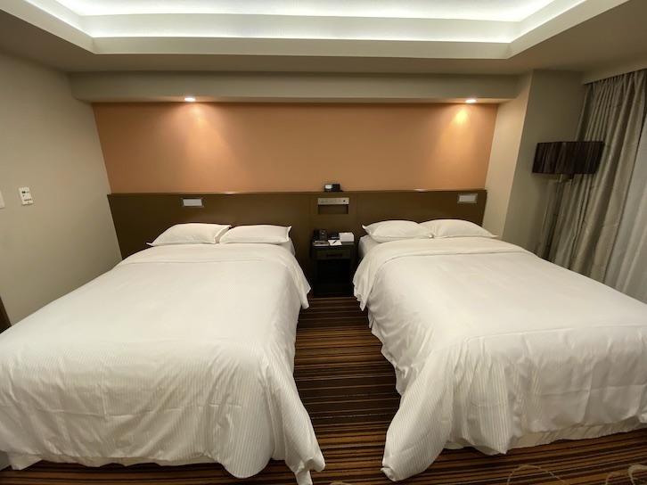 シェラトングランデ東京ベイ「和室スイーツ」:洋室(ベッド)