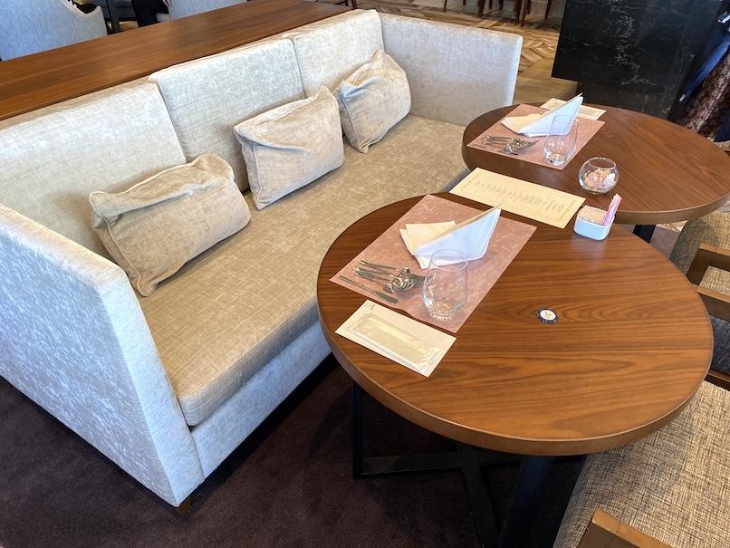 グランドニッコー東京 台場:The Lobby Cafeのソファー席