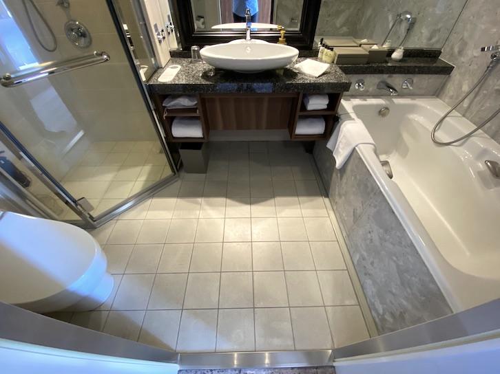 エグゼクティブルームの客室(バスルーム)