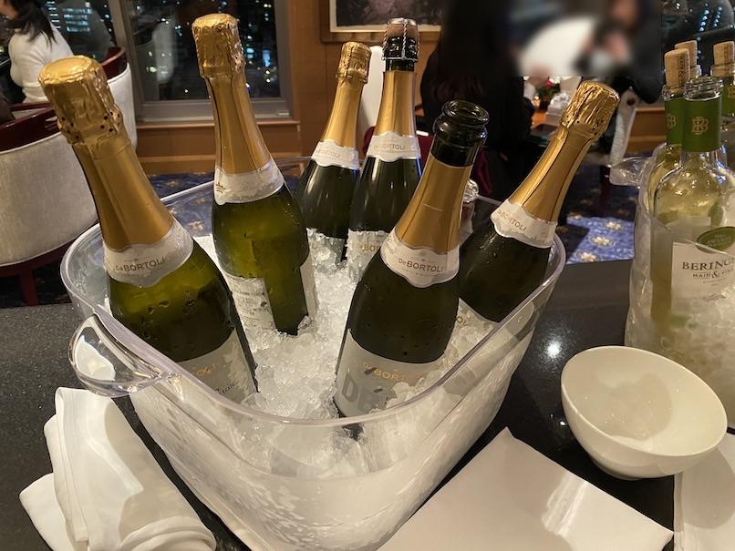 ウェスティンホテル東京:クラブラウンジ(カクテルタイムのアルコール)