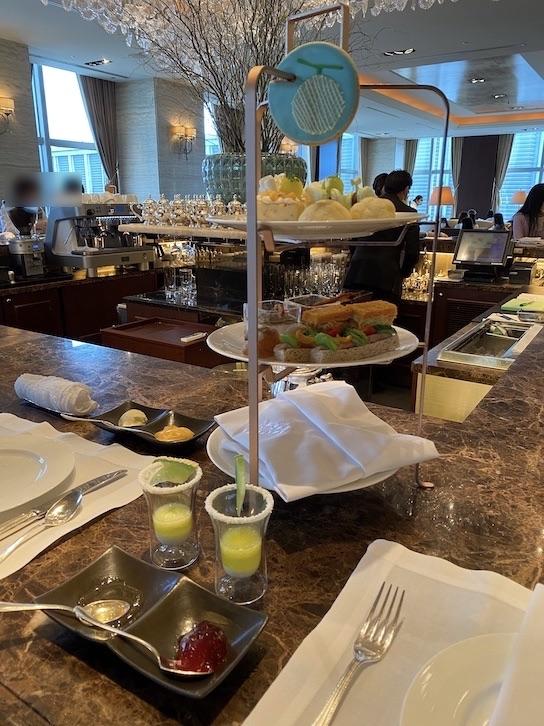 シャングリ・ラ ホテル東京「アフタヌーンティー」のフード(3段トレイ)