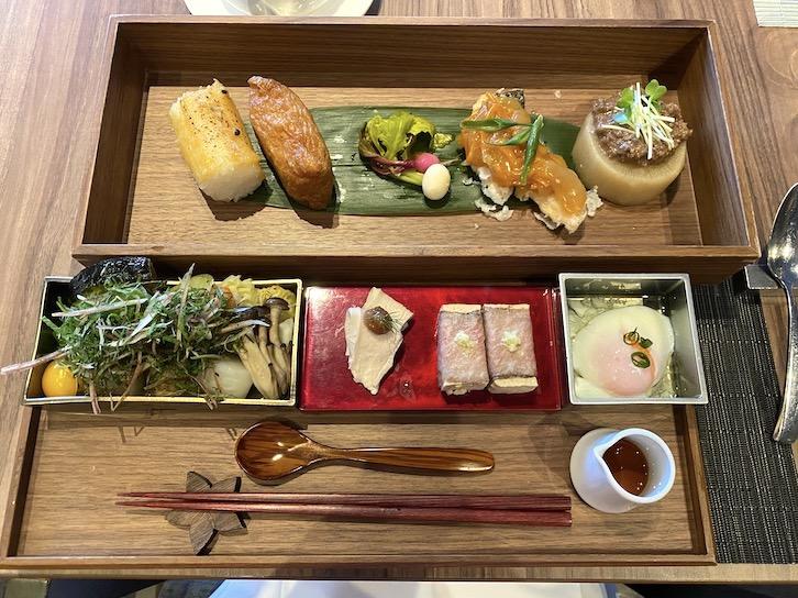 旧軽井沢KIKYOキュリオ・コレクションbyヒルトンの朝食:和テイスト(全体像)