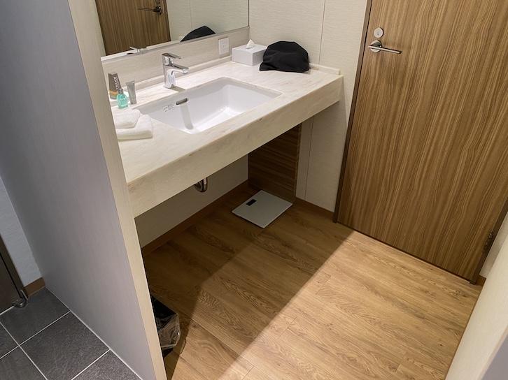 軽井沢マリオットホテル:洗面台(全体像)
