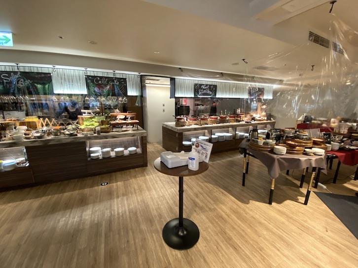 軽井沢マリオットホテルの朝食:レストラン「Grill & Dining G」の内観(2)