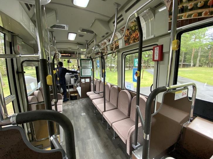 ザ・プリンス軽井沢:ピックアップバスの内観