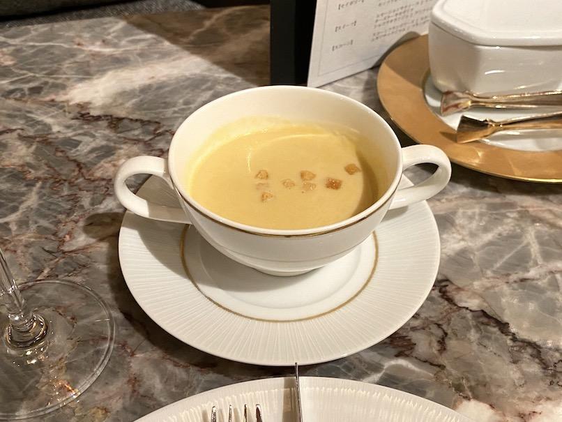 インターコンチネンタル東京ベイのアフタヌーンティー:フード(スープ)