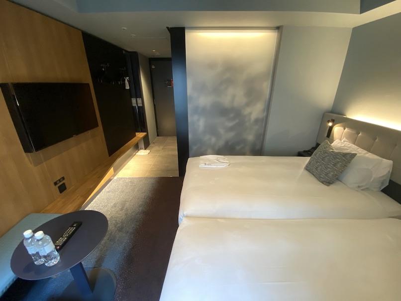 ザロイヤルパークキャンバス銀座8の客室:TV台