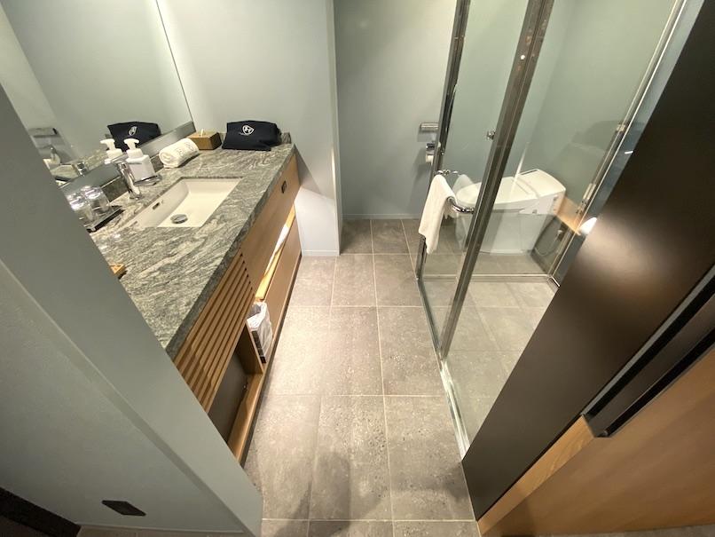 ザロイヤルパークキャンバス銀座8の客室:バスルーム