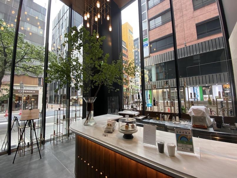 ザロイヤルパークキャンバス銀座8:カフェ&バー