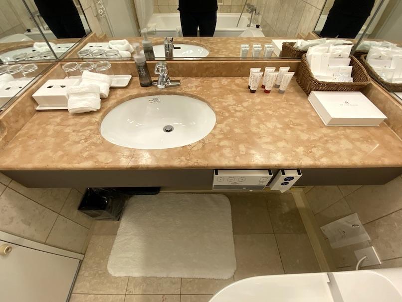 グランドニッコー東京ベイ舞浜の客室:バスルーム(洗面台)