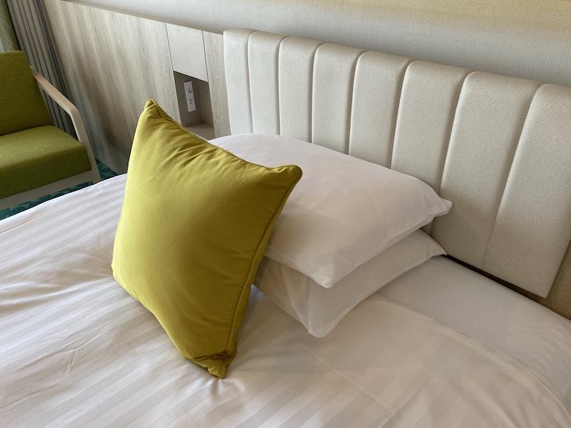 グランドニッコー東京ベイ舞浜の客室:ベッド&枕
