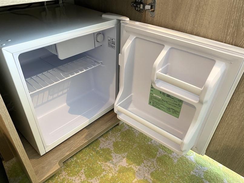 グランドニッコー東京ベイ舞浜の客室:ミニバー(冷蔵庫)