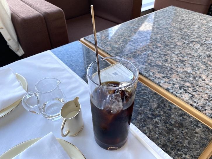 パークハイアット東京のアフタヌーンティー:ドリンク(アイスコーヒー)