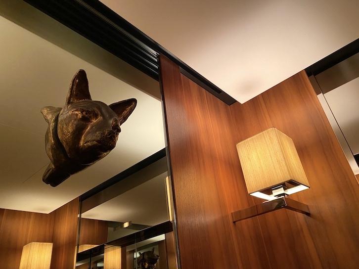 パークハイアット東京 宿泊記:ホテルの専用エレベーター