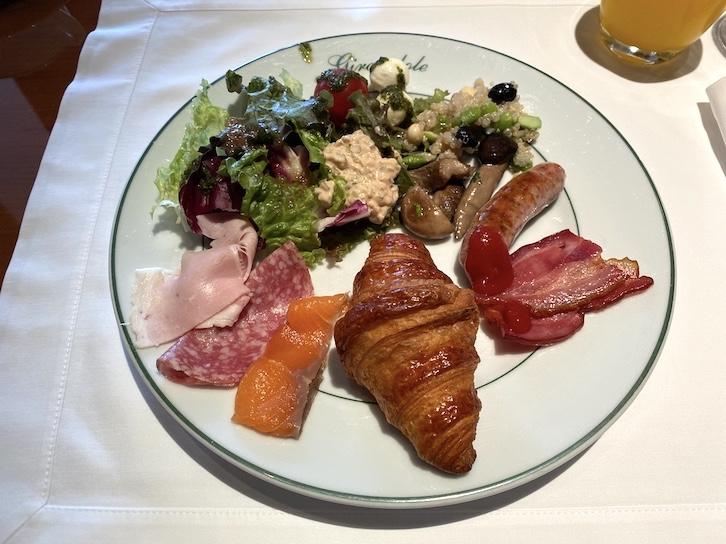 パークハイアット東京の朝食:実食(前菜)