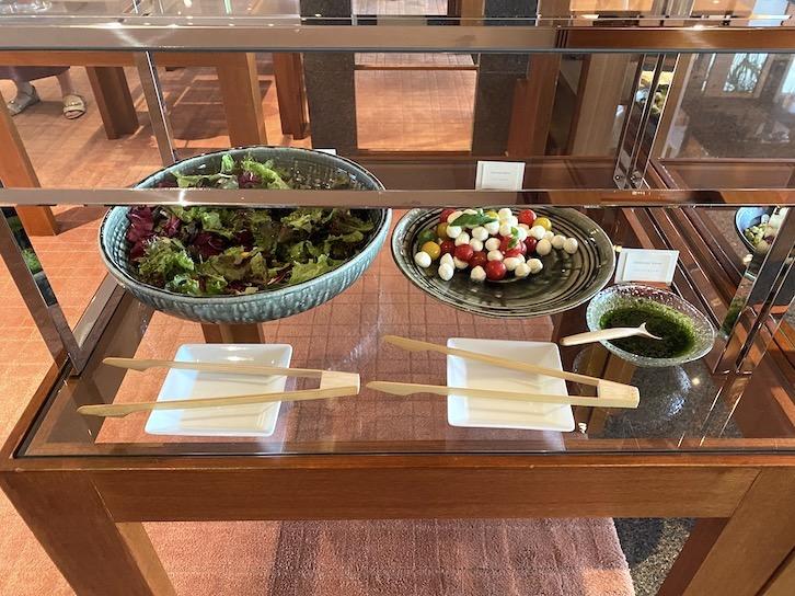 パークハイアット東京の朝食:ビュッフェ(サラダ1)