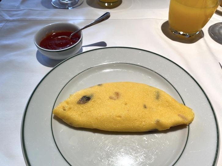 パークハイアット東京の朝食:実食(卵料理:オムレツ)
