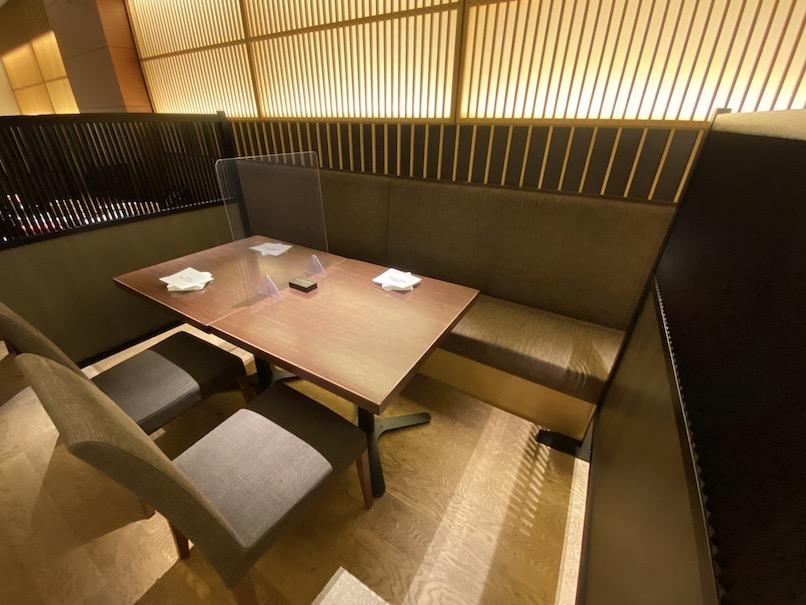コートヤード・マリオット銀座東武ホテル:銀座むらきのテーブル席