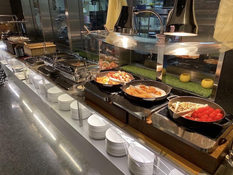 コートヤード銀座の朝食:ビュッフェカウンター(ホットミール)