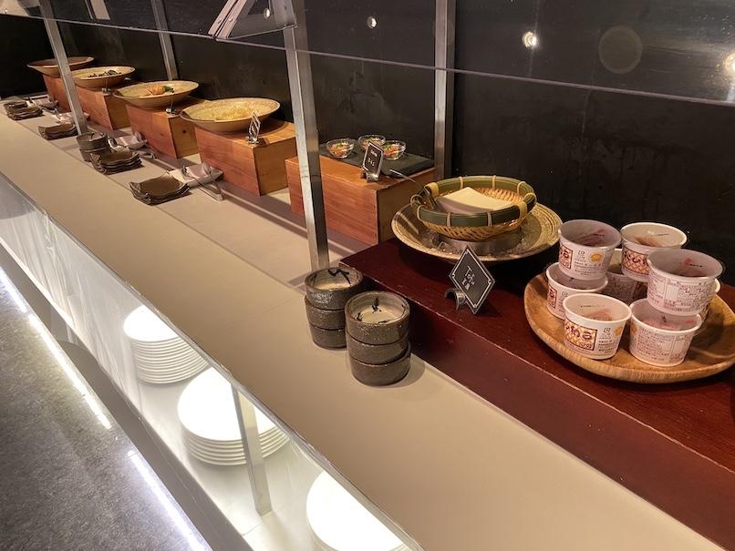 コートヤード銀座の朝食:ビュッフェカウンター(和食)